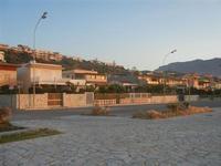 Zona Battigia - case sul lungomare ed in collina - 12 maggio 2012  - Alcamo marina (408 clic)