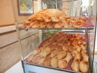 scorze di cannoli - centro storico - 9 settembre 2012  - Marsala (1528 clic)