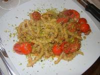 busiate - busiate con pomodorini, pistacchi e gamberi - Busith - 15 agosto 2012  - Buseto palizzolo (472 clic)