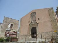 statua del Beato Alberto e Chiesa Parrocchiale di San Giuliano  - 5 agosto 2012  - Erice (428 clic)
