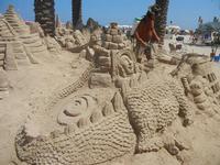 castelli di sabbia - sculture sulla sabbia di Iannini Antonio, scultore napoletano sanvitese - 18 agosto 2012  - San vito lo capo (207 clic)