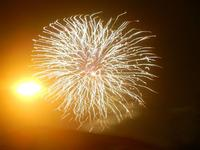 spettacolo pirotecnico - festeggiamenti in onore di Maria SS. dei Miracoli - 21 giugno 2012  - Alcamo (338 clic)