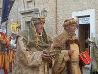 Corteo Rievocazione Storica dell'investitura a 1° Principe della Città di Carlo d'Aragona e Tagliavia - 26 maggio 2012  - Castelvetrano (292 clic)