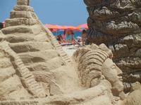 castelli di sabbia - sculture sulla sabbia di Iannini Antonio, scultore napoletano sanvitese - 18 agosto 2012  - San vito lo capo (245 clic)