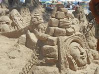 castelli di sabbia - sculture sulla sabbia di Iannini Antonio, scultore napoletano sanvitese - 18 agosto 2012  - San vito lo capo (289 clic)