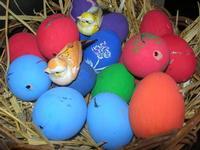 uova decorate per le festività pasquali - Baglio Arcudaci - 9 aprile 2012  - Bruca (2530 clic)