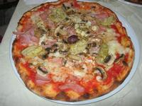 Pizza Quattro Gusti - La Lanterna - 6 giugno 2012  - Alcamo marina (1141 clic)