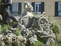 Fontana del Tritone - particolare - 3 giugno 2012  - Trapani (336 clic)