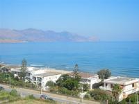 Zona Plaja - panorama ovest del Golfo di Castellammare - 12 agosto 2012  - Alcamo marina (303 clic)