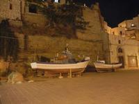 Via Don L. Zangara - barche in secca - 6 settembre 2012  - Castellammare del golfo (833 clic)