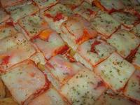 mini pizzette - Trianon - 16 settembre 2012  - Alcamo (491 clic)