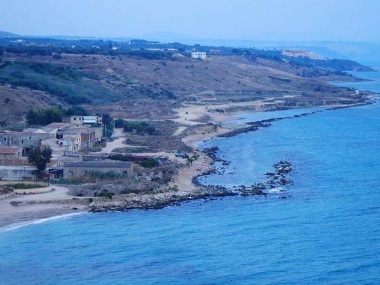 fornace e panorama costiero dal Belvedere - SCIACCA - inserita il 07-Apr-16