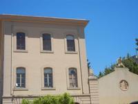 Municipio e palestra di epoca fascista - 9 maggio 2012  - Borgetto (1087 clic)