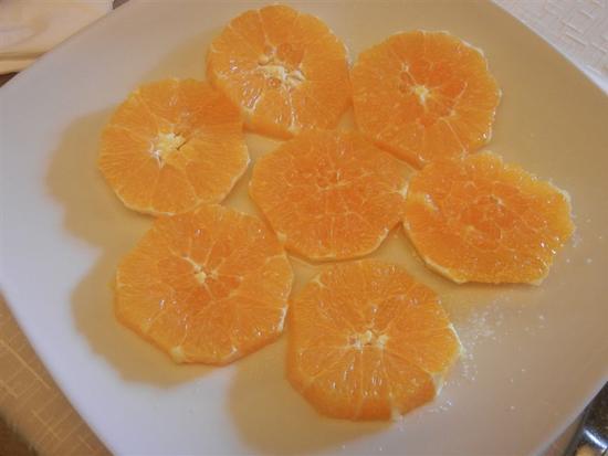 arancia con zucchero e maraschino - BUSETO PALIZZOLO - inserita il 04-Apr-14