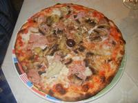 Pizza Quattro Gusti - La Lanterna - 18 maggio 2012   - Alcamo marina (1646 clic)