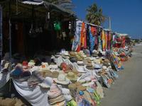 stand dei venditori ambulanti - 18 agosto 2012  - San vito lo capo (301 clic)