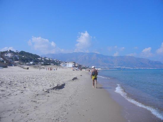 spiaggia e mare - ALCAMO MARINA - inserita il 24-Oct-16