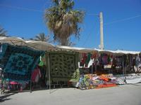 stand dei venditori ambulanti - 18 agosto 2012  - San vito lo capo (283 clic)