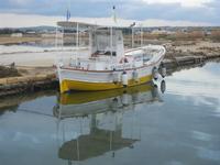 Imbarcadero Storico per l'Isola di Mozia - barca e riflessi - 29 gennaio 2012  - Marsala (470 clic)