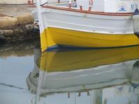 Imbarcadero Storico per l'Isola di Mozia - barca e riflessi - particolare - 29 gennaio 2012  - Marsala (862 clic)