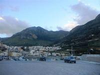 la città vista dal porto - 14 aprile 2012  - Castellammare del golfo (494 clic)