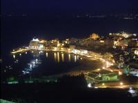 panorama notturno porto e Castello a Mare - 31 marzo 2012  - Castellammare del golfo (369 clic)