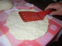 preparazione della pizzetta - 26 giugno 2012  - Alcamo marina (380 clic)