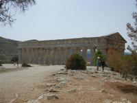 il tempio - 5 agosto 2012  - Segesta (881 clic)