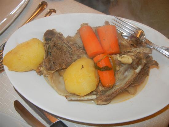 pecora in brodo con patate e carote - BUSETO PALIZZOLO - inserita il 19-Mar-14