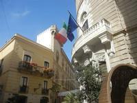 via Torrearsa, angolo via Garibaldi - 13 maggio 2012  - Trapani (367 clic)