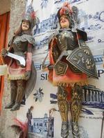 souvenir: pupi siciliani - 5 agosto 2012  - Erice (313 clic)
