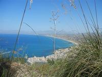 panorama città e golfo dal Monte Inici - 6 maggio 2012  - Castellammare del golfo (368 clic)