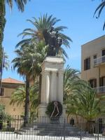 Il Monumento ai Caduti - 2 giugno 2012  - Alcamo (441 clic)