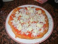 pizzetta fritta al pomodoro, mozzarella e prosciutto - 26 giugno 2012  - Alcamo marina (385 clic)
