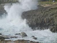 panorama costiero e mare in tempesta - 8 aprile 2012  - Macari (803 clic)