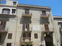 Palazzo Sant'Anna in Corso 6 Aprile - 2 giugno 2012  - Alcamo (249 clic)