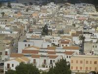 uno scorcio della città - panorama dalla collina ad ovest della città - 8 aprile 2012  - San vito lo capo (613 clic)