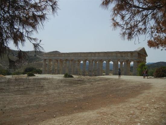il tempio - SEGESTA - inserita il 15-Jun-15