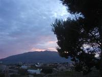 creuscolo rosa dalla periferia della città - 15 aprile 2012  - Alcamo (483 clic)