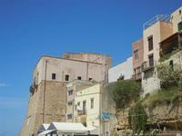 Castello a Mare e case sul porto - 6 maggio 2012  - Castellammare del golfo (410 clic)