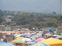 Baia di Guidaloca - ombrelloni - 7 agosto 2012  - Castellammare del golfo (266 clic)
