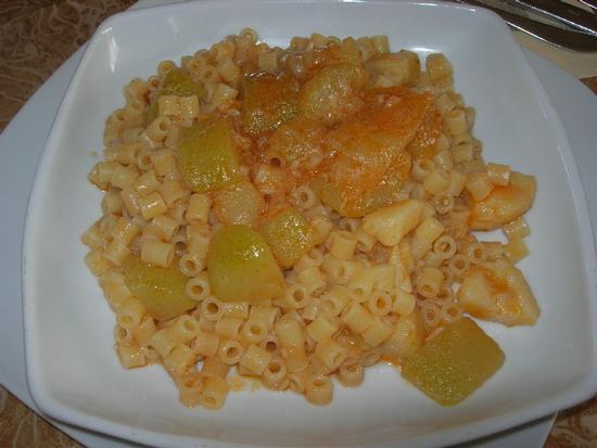 ditalini con patate e zucchine - SANTA NINFA - inserita il 19-Jan-15
