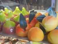 frutta martorana in vetrina - Pino - 19 agosto 2012  - San vito lo capo (873 clic)