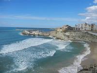 scorcio della città, spiaggia Praiola e mare mosso - 15 aprile 2012  - Terrasini (1506 clic)
