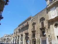palazzi in Corso 6 Aprile - 2 giugno 2012  - Alcamo (297 clic)