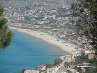 periferia est della città e Spiaggia Plaja - 6 maggio 2012  - Castellammare del golfo (412 clic)