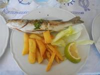 spigola arrosto con patate fritte - Il Delfino - 12 agosto 2012  - San vito lo capo (373 clic)