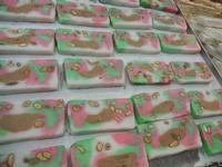 gelato di campagna - bancarella del torrone - 8 agosto 2012  - Cornino (1560 clic)