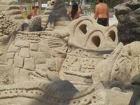 castelli di sabbia - sculture sulla sabbia di Iannini Antonio, scultore napoletano sanvitese - 18 agosto 2012  - San vito lo capo (262 clic)