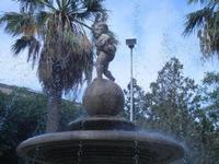 fontana con putto - dettaglio - 6 settembre 2012  - Sciacca (343 clic)